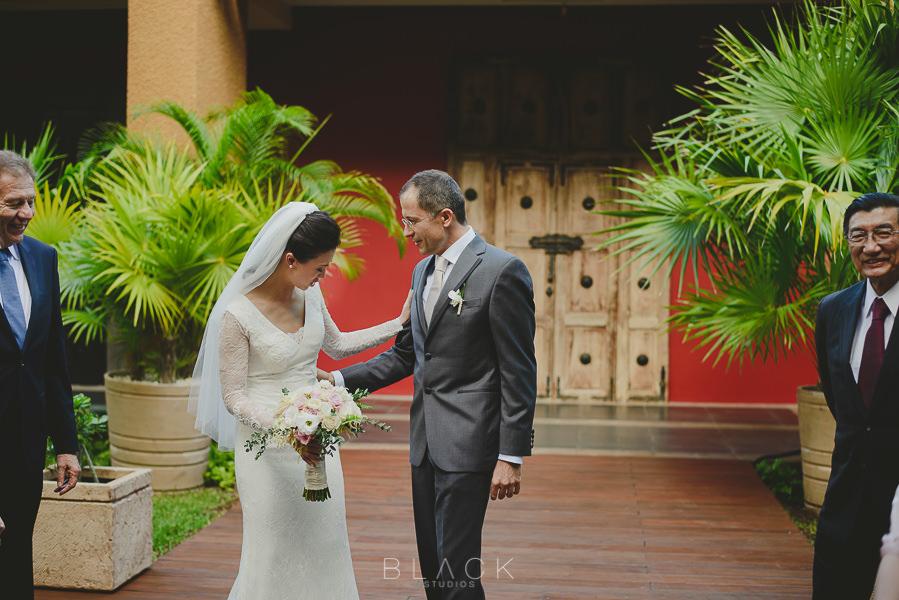 playa-del-carmen-wedding-photos-at-banyan-tree-mayakoba-16
