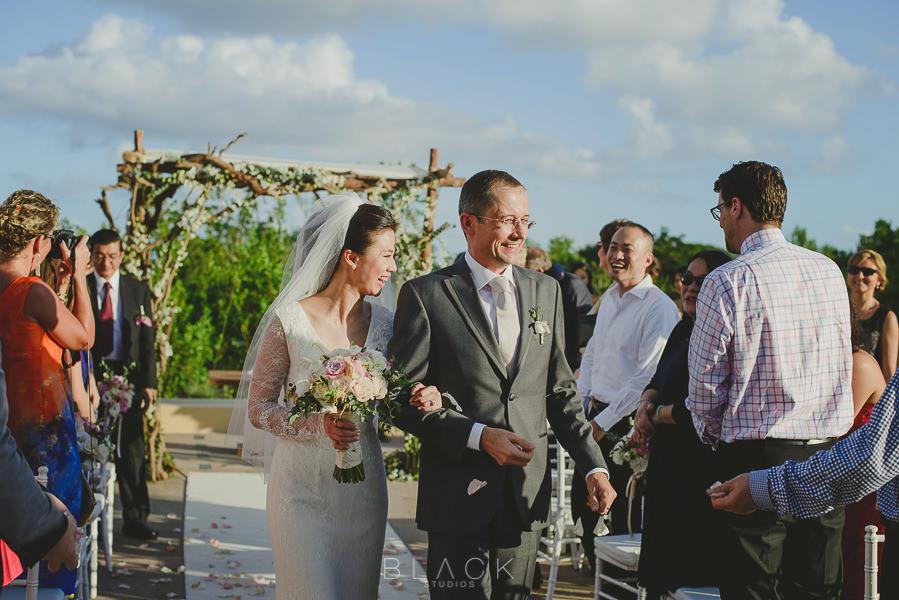 playa-del-carmen-wedding-photos-at-banyan-tree-mayakoba-38
