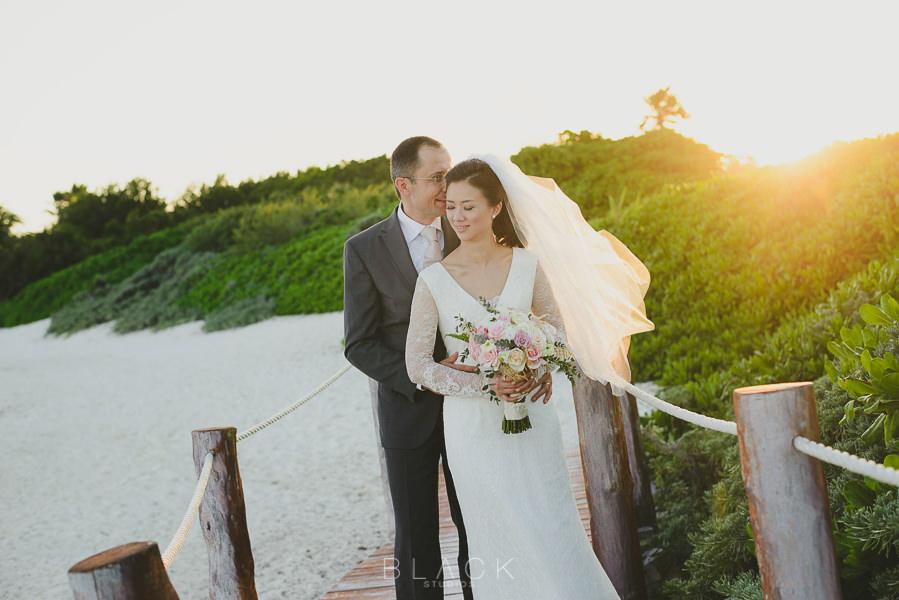playa-del-carmen-wedding-photos-at-banyan-tree-mayakoba-41